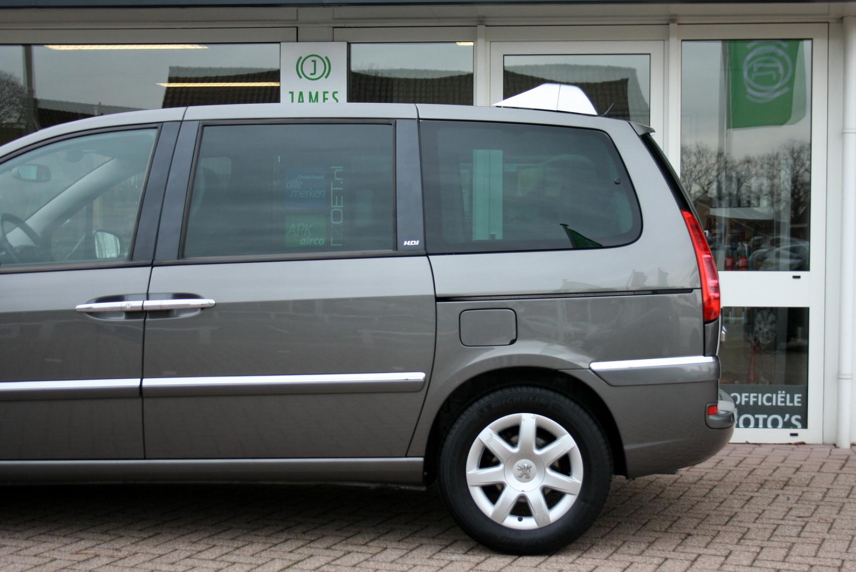 Peugeot-807-31