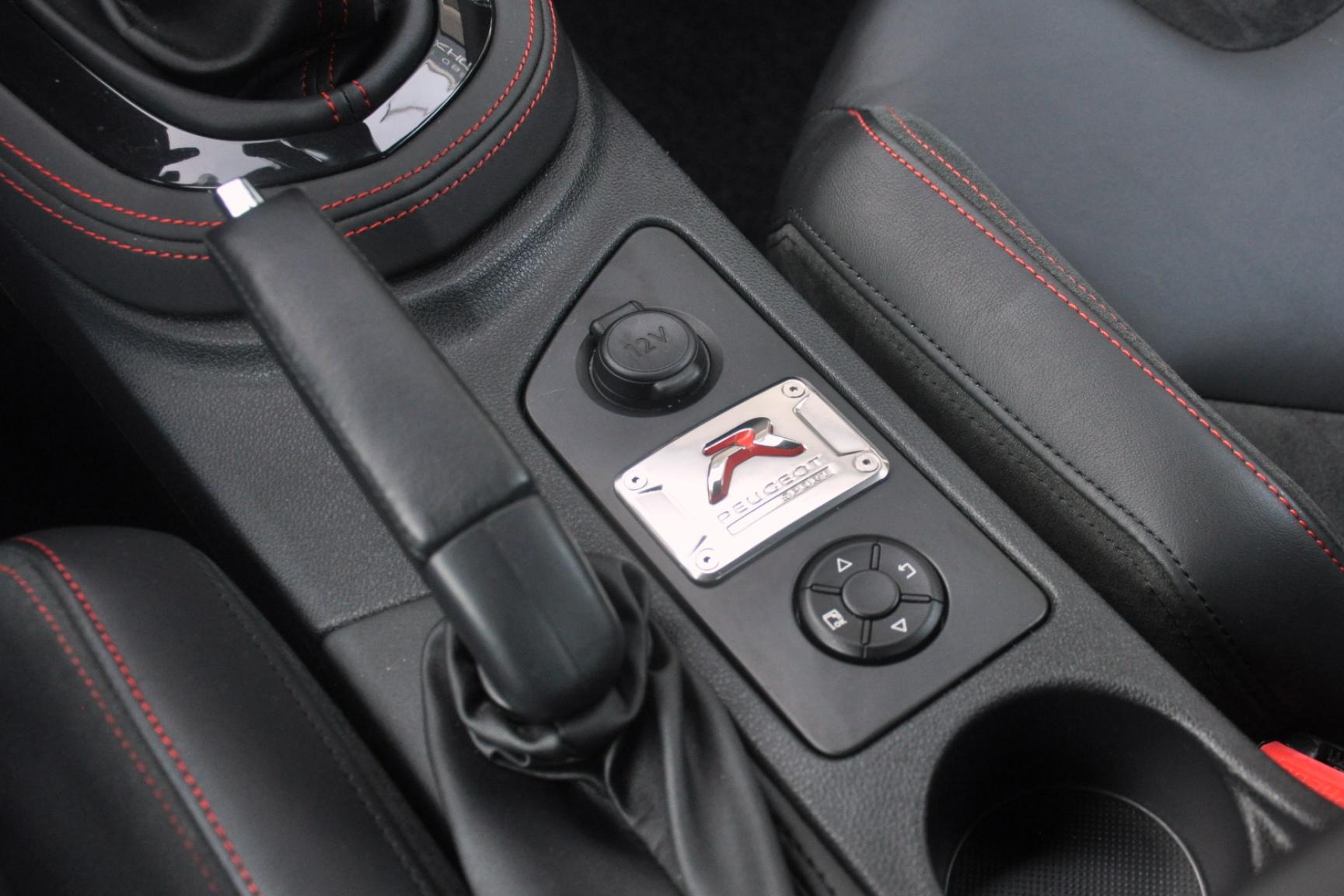 Peugeot-RCZ-R-18