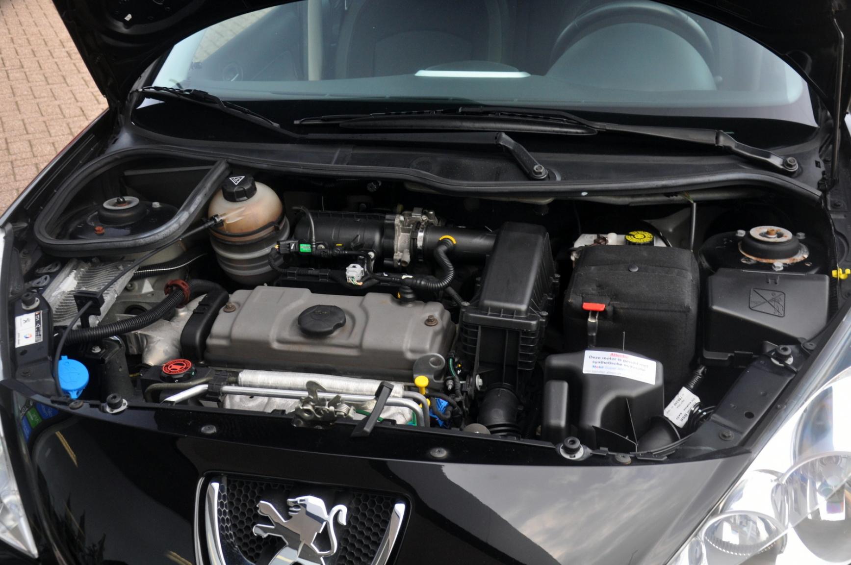 Peugeot-206+-30