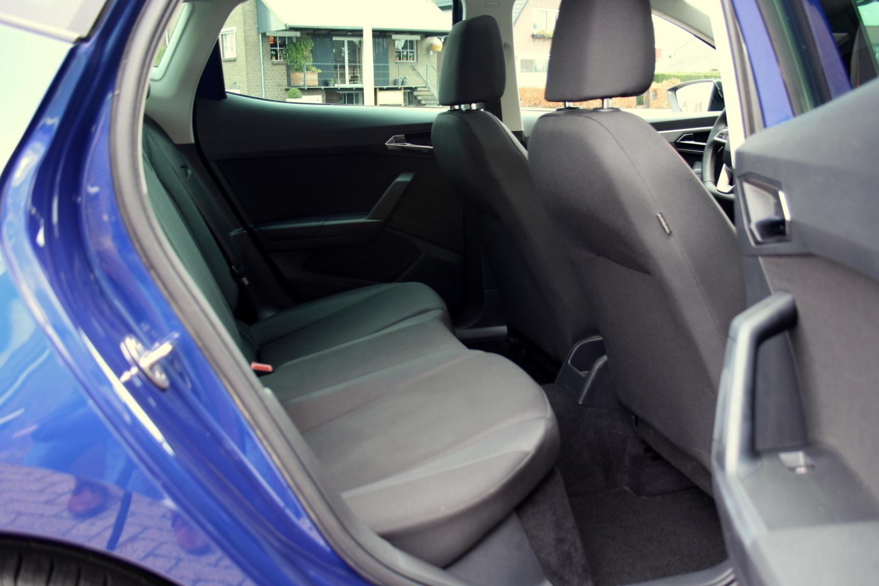 SEAT-Ibiza-12