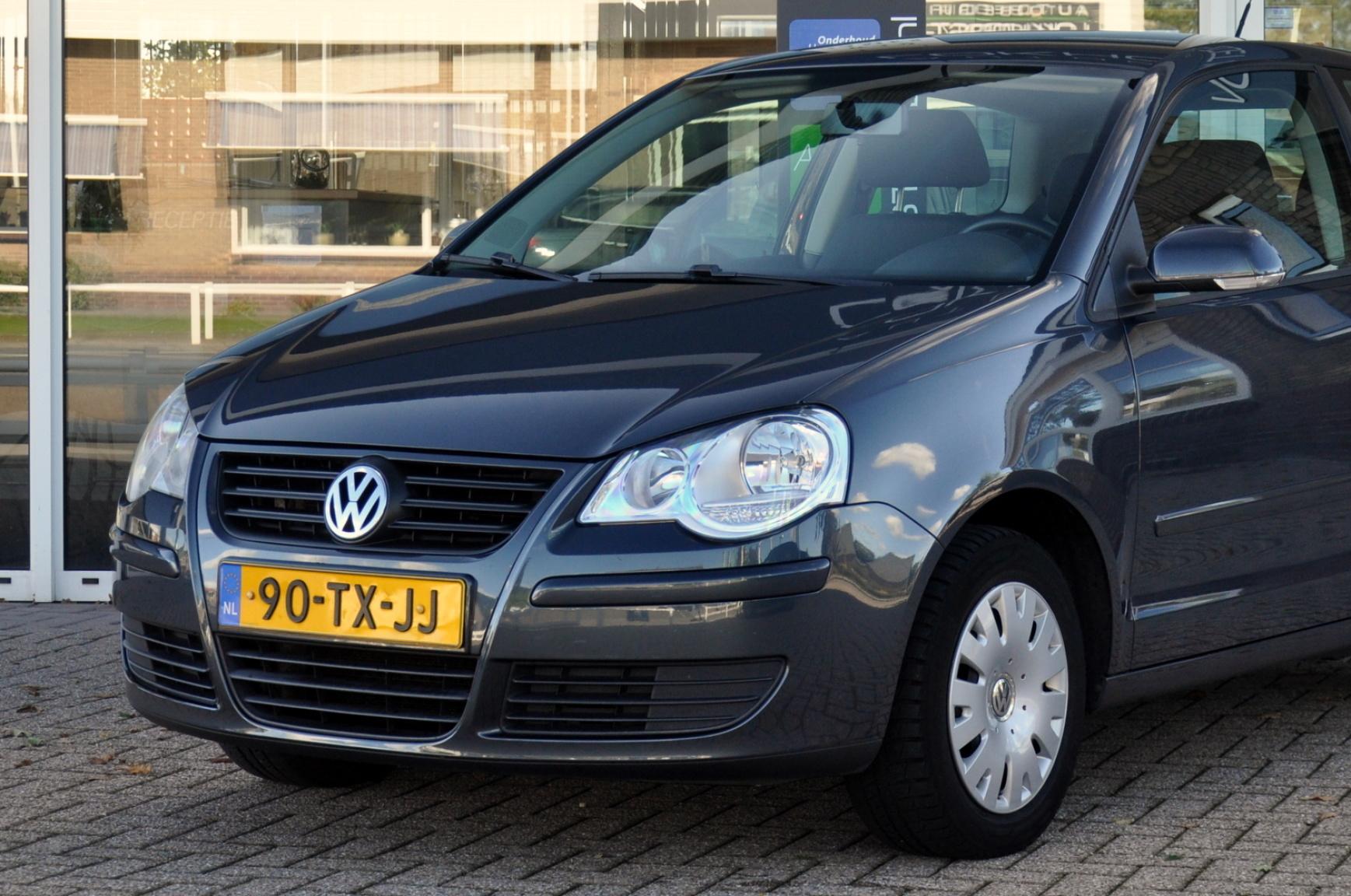 Volkswagen-Polo-23