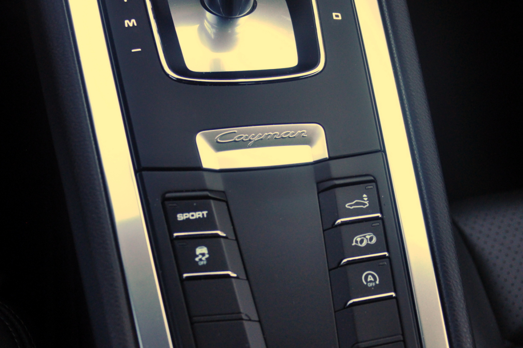 Porsche-Cayman-25