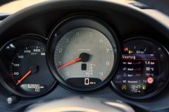 Porsche-Cayman-15