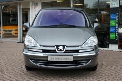 Peugeot-807-8