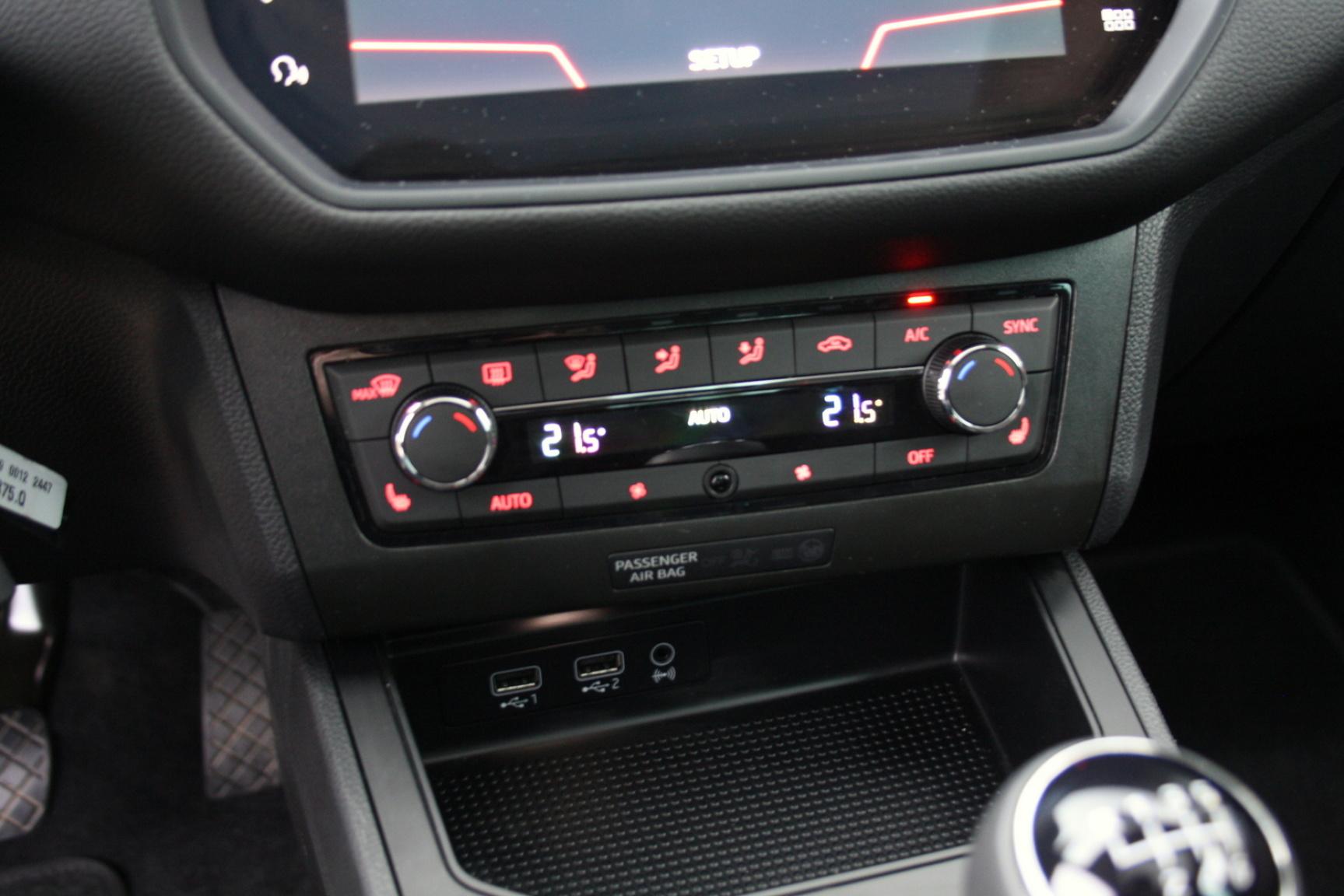 SEAT-Ibiza-24