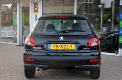 Peugeot-206+-9
