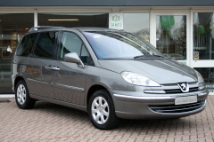 Peugeot-807-7